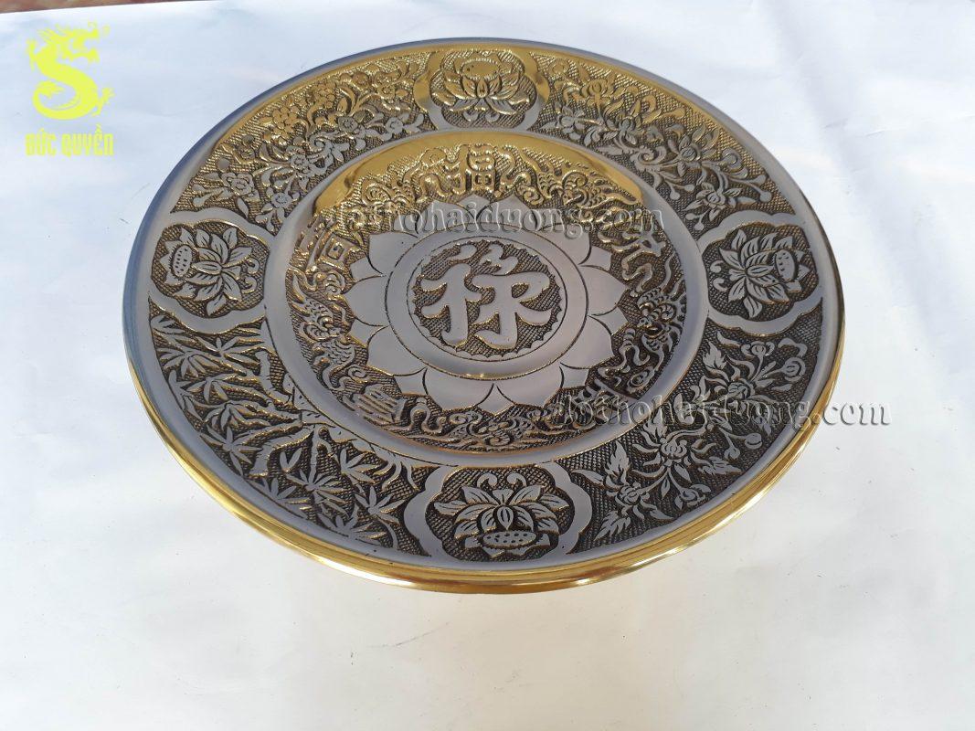 Mâm bồng bằng đồng được đúc theo công nghệ Đài Loan