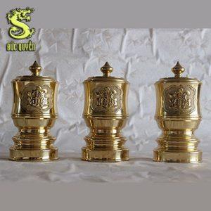 Đài nước thờ bằng đồng vàng