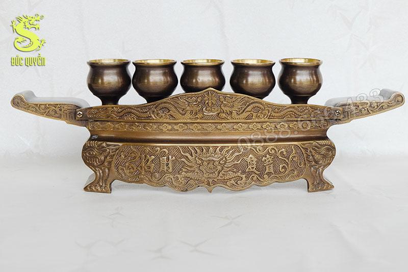 Bộ khay chén thờ bao gồm khay chén và 5 chén nước