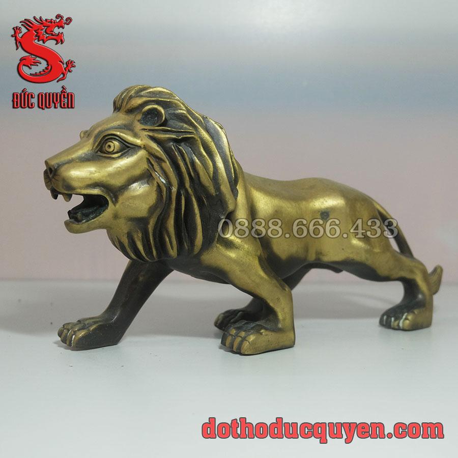 Tượng sư tử bằng đồng vàng
