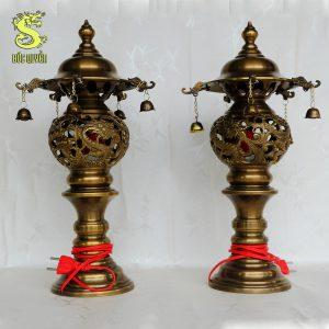 đèn thờ bằng đồng làm màu giả cổ dd