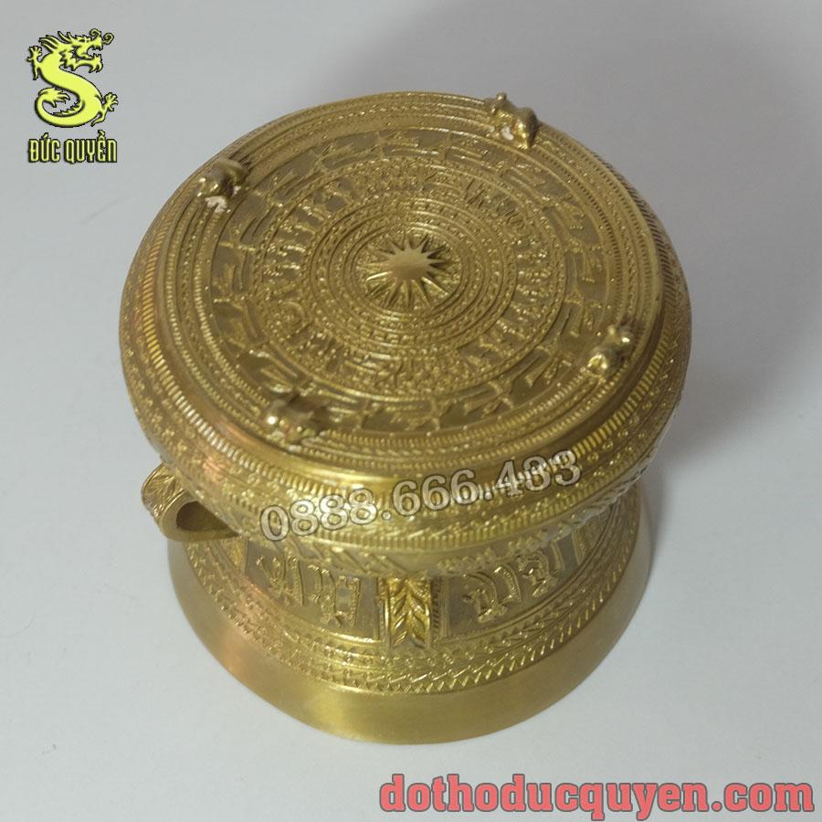 Trống đồng có họa tiết giống với trống đồng Đông Sơn