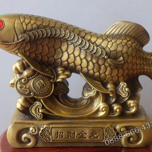 Tượng cá rồng bằng đồng vàng