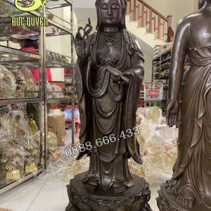 Tượng Phật Quan Thế Âm Bồ Tát Bằng Đồng - màu giả cổ