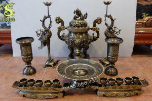 Bộ đồ thờ bằng đồng vàng - màu giả cổ