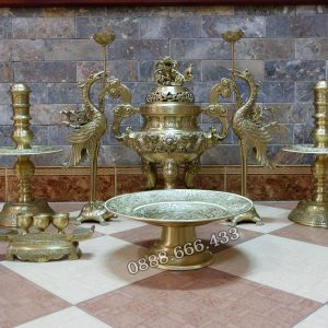 Bộ đồ thờ 11 món bằng đồng - màu vàng mộc