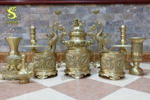 Bộ đồ thờ 12 món bằng đồng vàng