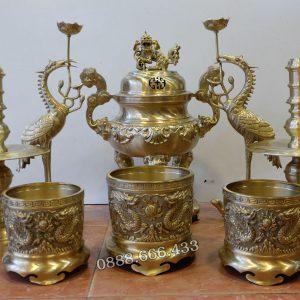 Bộ đồ thờ 8 món bằng đồng