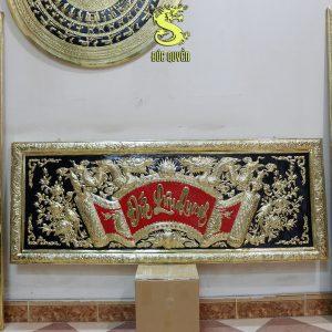 Hoành phi câu đối bằng đồng vàng chữ thư pháp dd